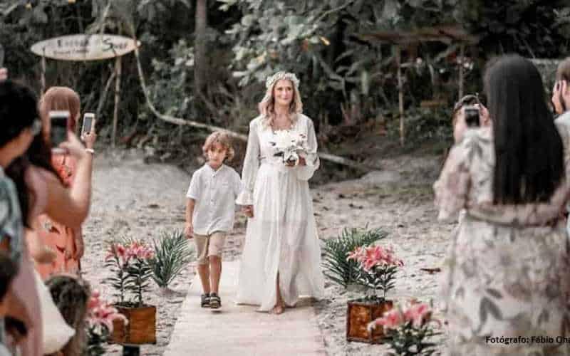 noiva entrando filho