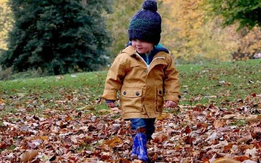 Dicas para comprar roupas infantis em uma loja online